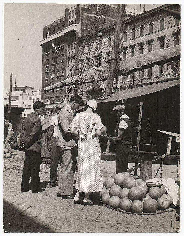 Fritz Henle, Pumpkin Market